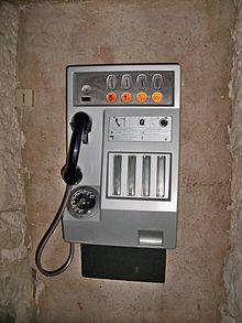-Cabine_téléphonique autre